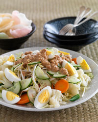 Gorgeous Gado-Gado with Peanut Sauce